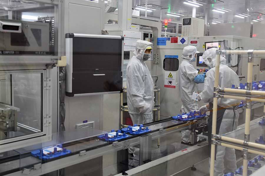 China's battery giant CATL reports decrease in net profit