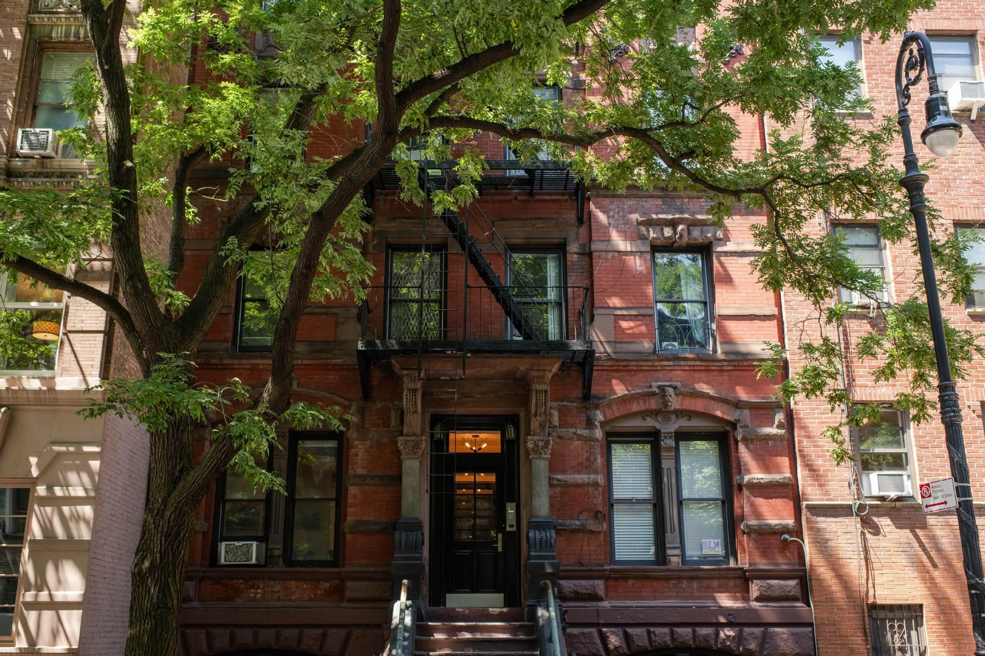 NYC apartment vacancies hit 10-year high