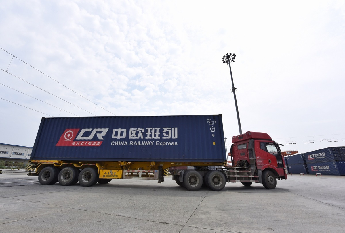 China's Chengdu sees 6,000 trips by China-Europe freight trains