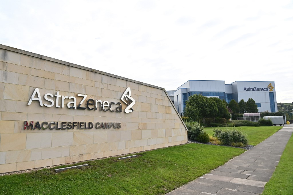 EU signs first deal with AstraZeneca to buy COVID-19 vaccines