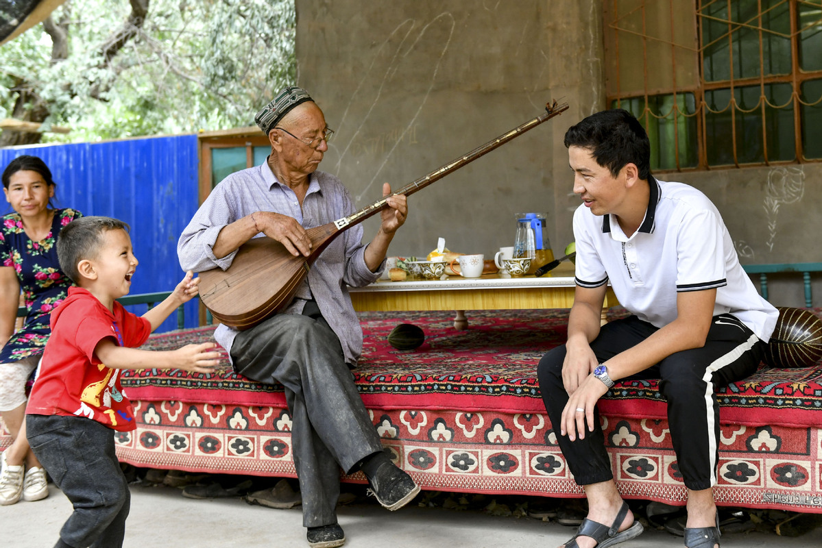 Xinjiang's Uygur population rising, not declining, official says
