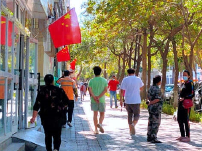 Urumqi returns to normalcy as COVID-19 risk level lowered