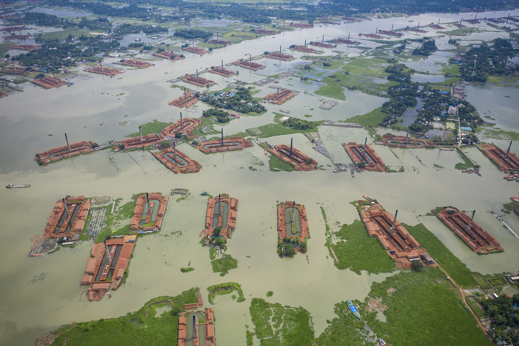 Flood death toll rises to 251 in Bangladesh