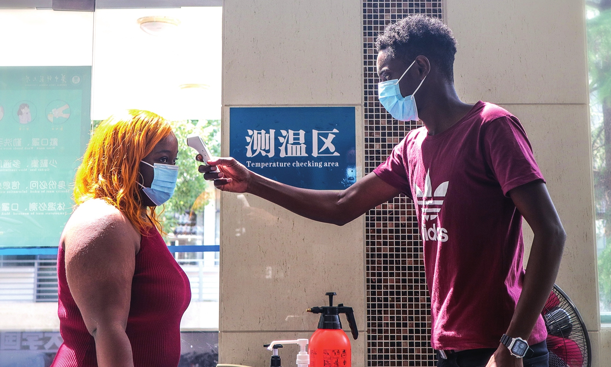 Foreign students in Wuhan cherish dawned fall semester, confident in campus anti-epidemic measures