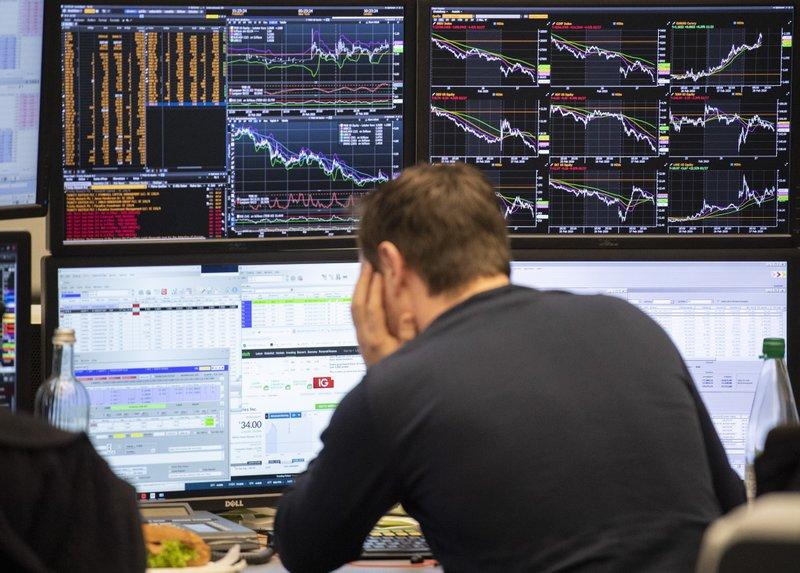 German unemployment stabilises in August