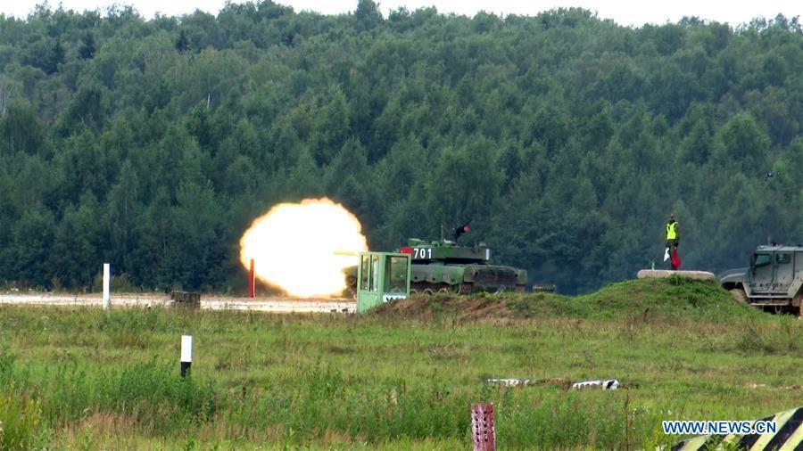 China enters semi-final in tank biathlon in int'l army games