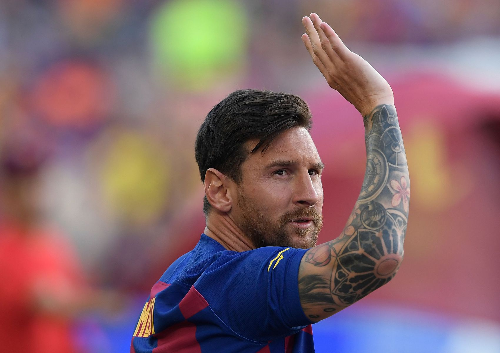 'Difficult' for Messi to stay at Barca, says father and agent Jorge