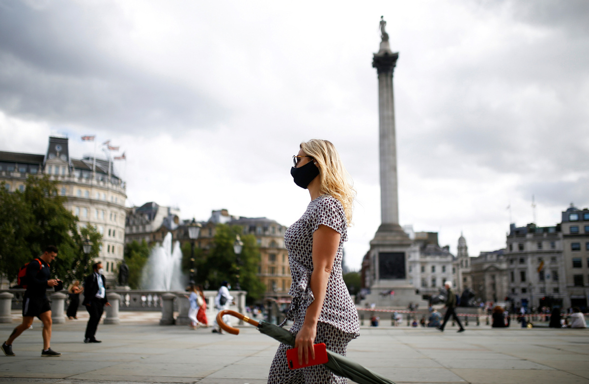 More people wear masks to help beat COVID-19 in UK: survey
