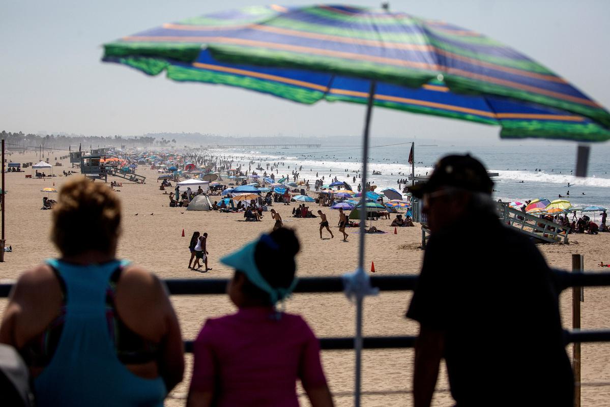 Los Angeles County breaks temperature record amid dangerous heat wave in Western US