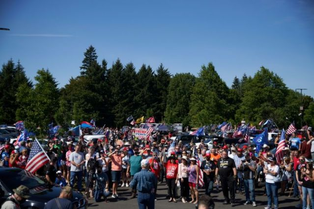 Guns and trucks at Oregon protest to defend Trump's America