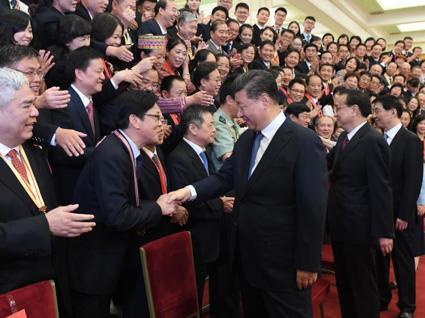 Xi extends Teachers' Day greetings to teachers