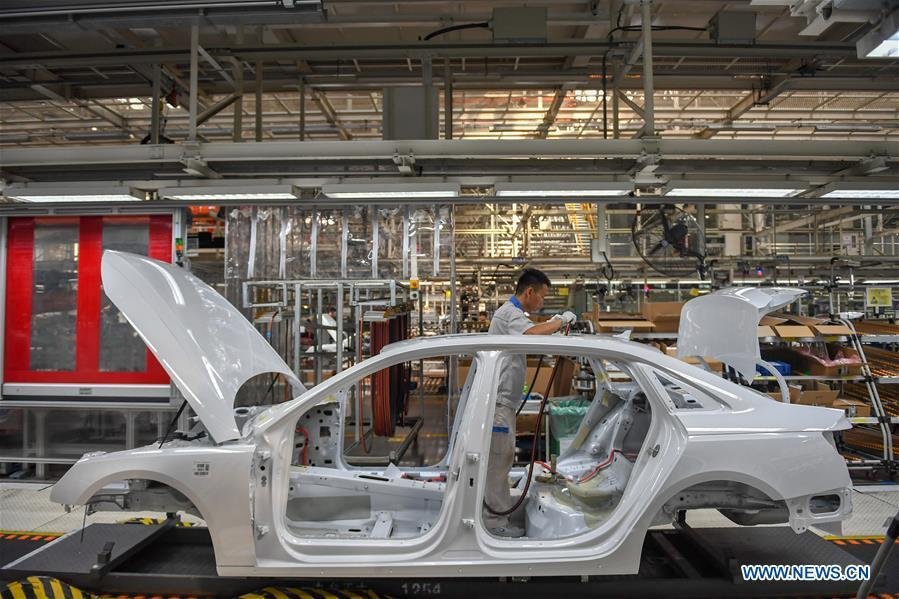 China's leading automaker FAW posts strong sales growth