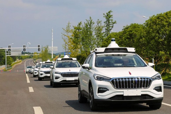 Baidu rolls out self-driving taxi service in Beijing