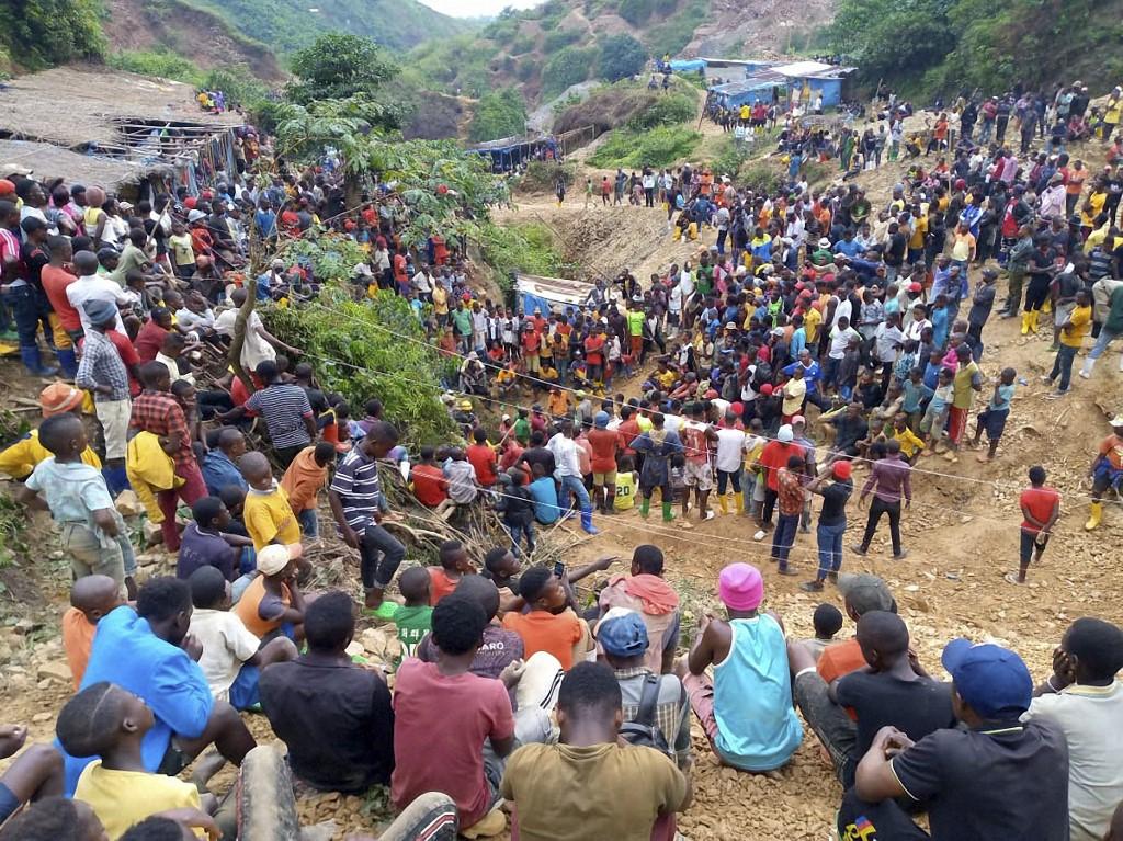 50 feared dead in mine flooding