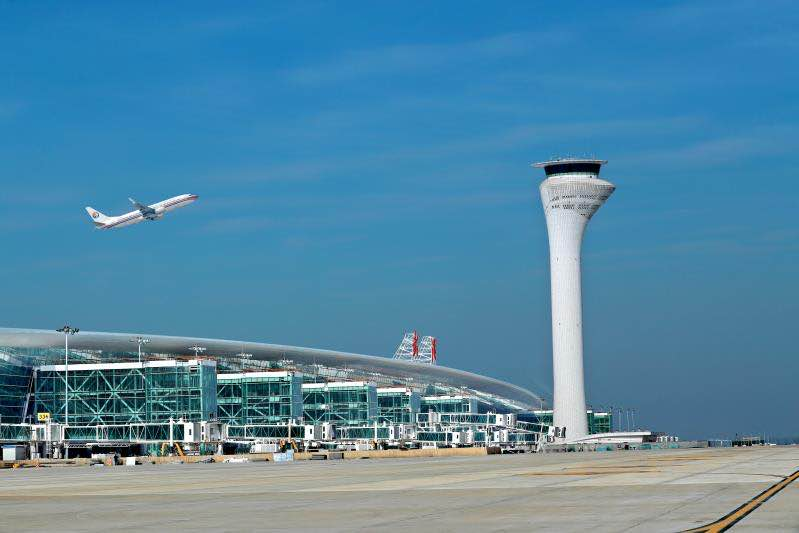 Wuhan airport's domestic flights, passenger numbers return to pre-epidemic levels