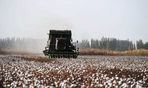 China urges US to stop restrictions on Xinjiang cotton exports