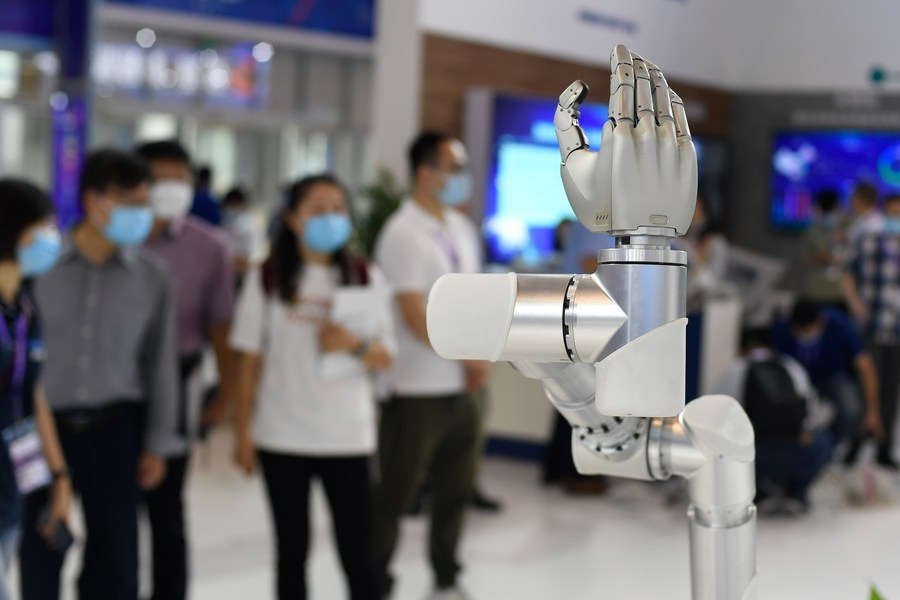 China to stick to int'l sci-tech cooperation despite US obstruction