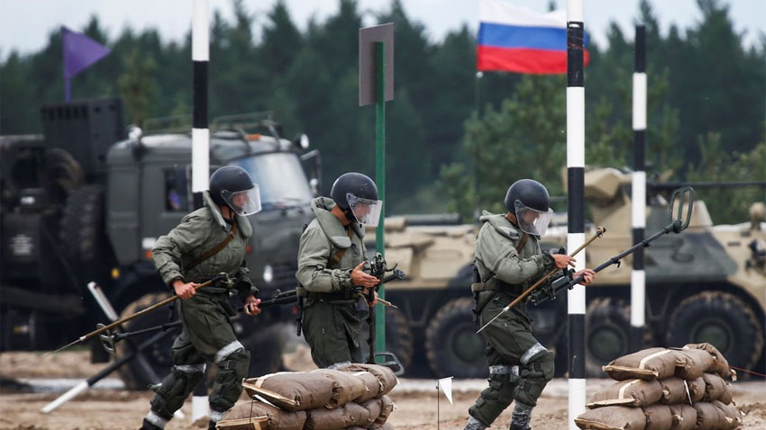 Russian troops prepare for military drills in Belarus