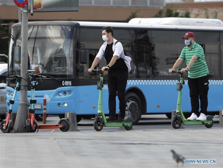 Turkey sets standards for e-scooters as accidents multiply