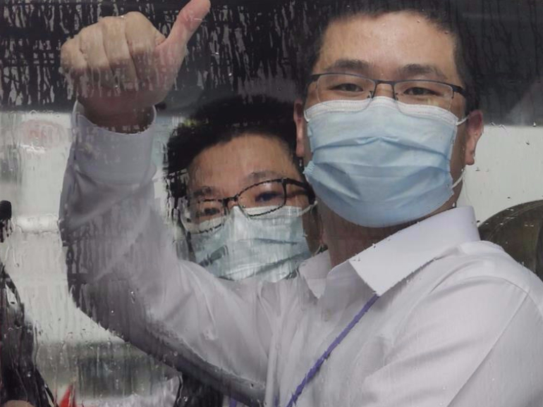 Mission accomplished: mainland medical experts help rein in COVID-19 in Hong Kong