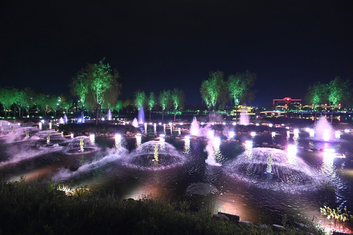 Jilin's Hailong Lake Park becomes major tourist attraction