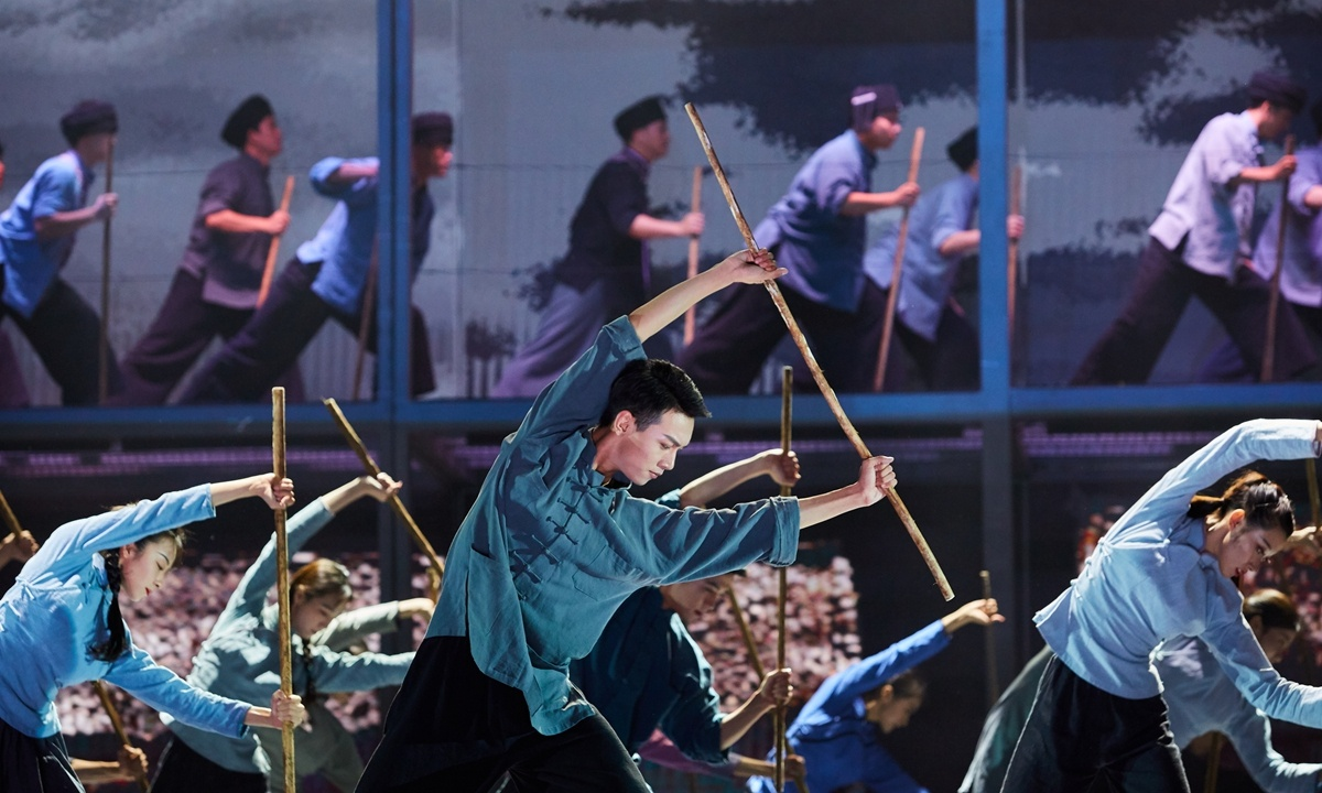 Poverty alleviation inspired opera debuts in Guangxi
