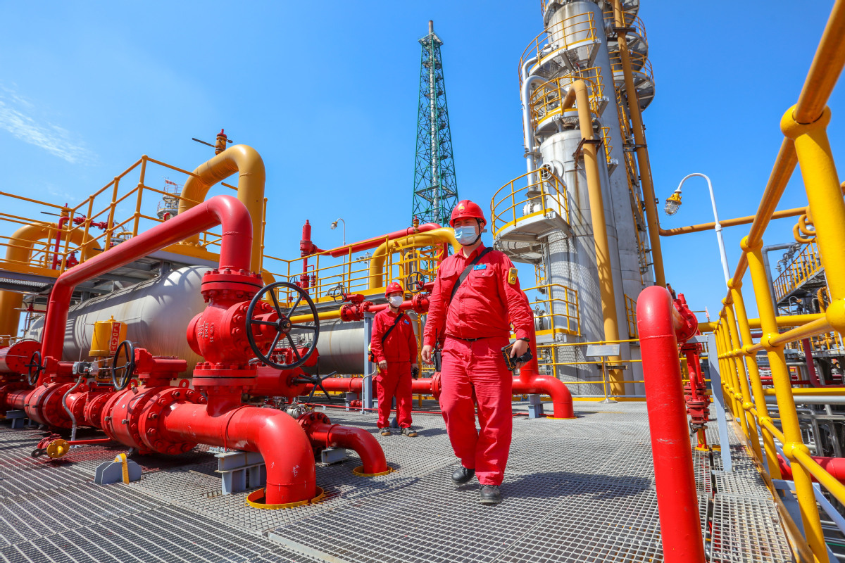 China's natural gas output up 3.7% in August