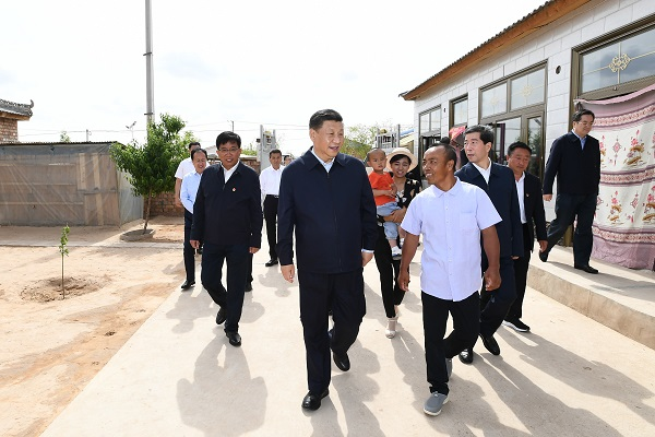 President Xi always cares about his friends in the countryside