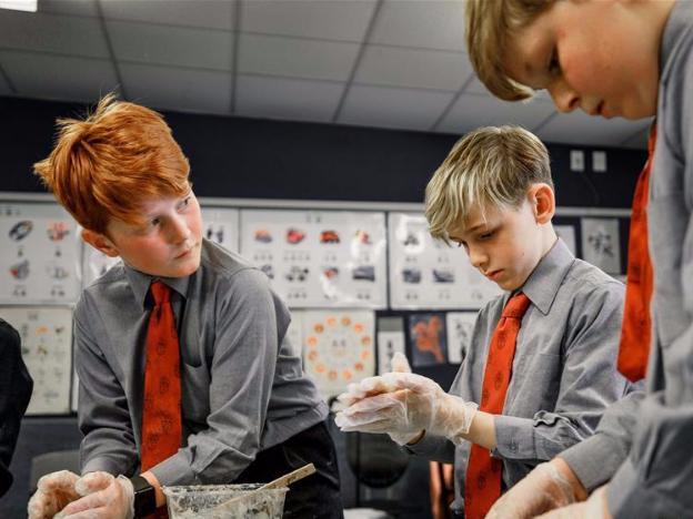 Students make mooncakes at school in Wellington, New Zealand