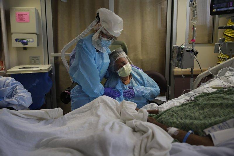 'Unfathomable': US death toll from coronavirus hits 200,000