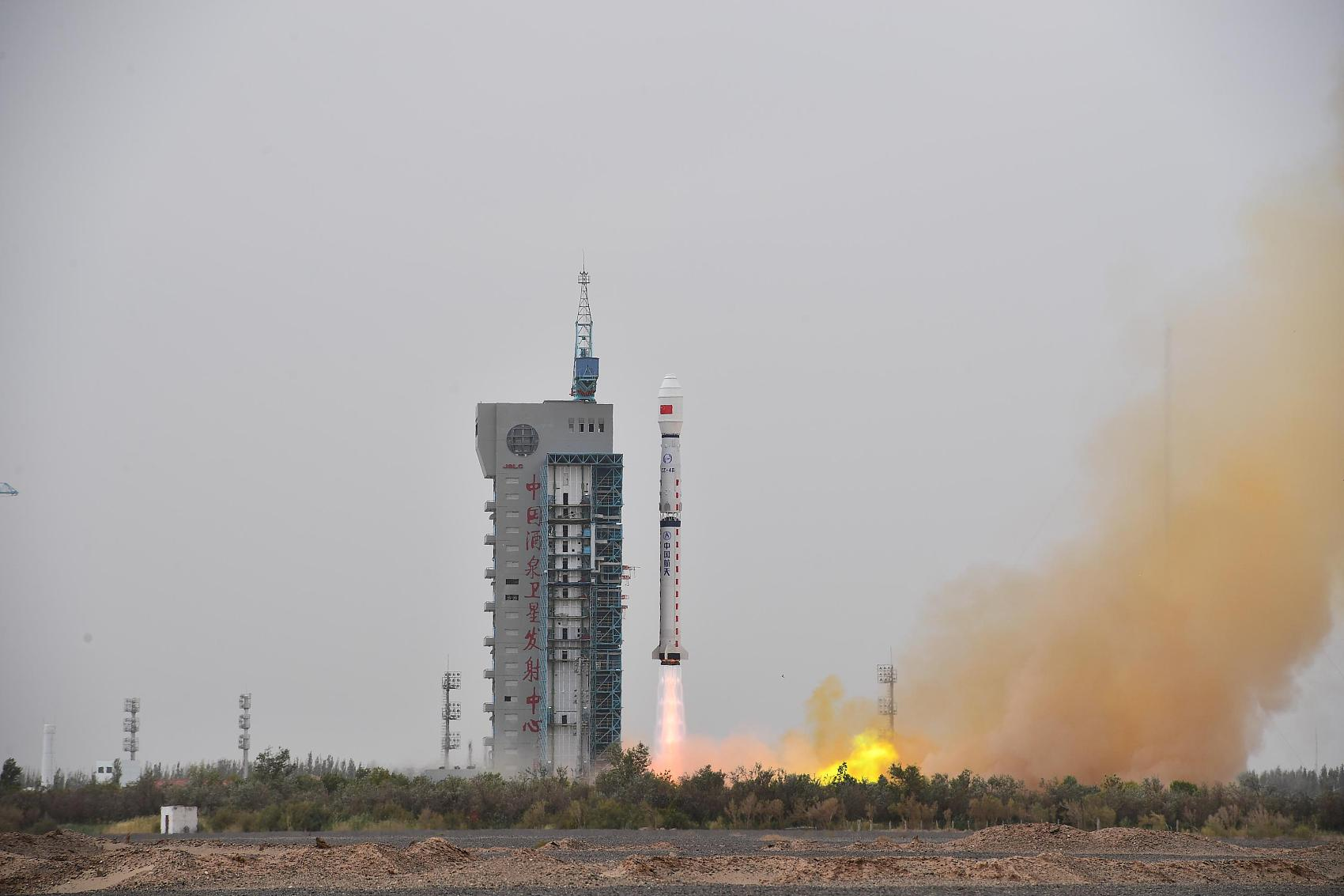 China's waffle-like grid fin accurately guides fallen rocket pieces to earth