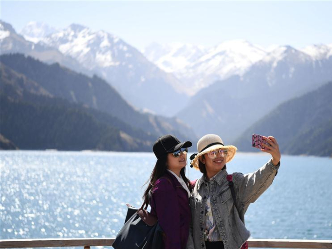China's tourism authority warns of COVID-19 ahead of national holiday