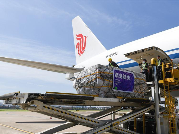China's air cargo sector maintains recovery in August