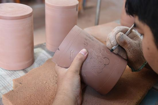 Nixing pottery regains glory in its birthplace