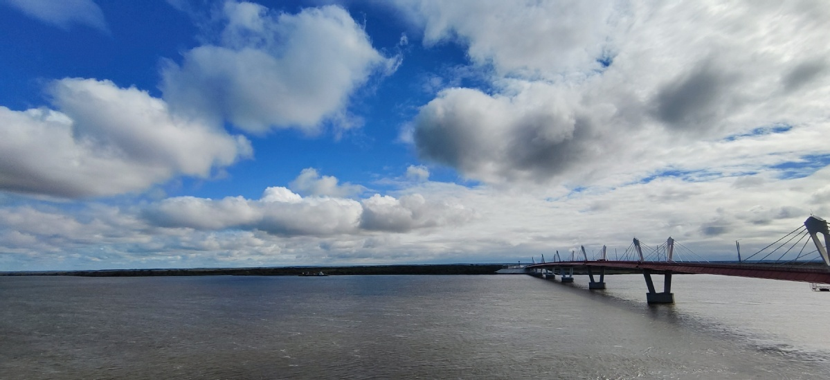 First China-Russia highway bridge ready for traffic