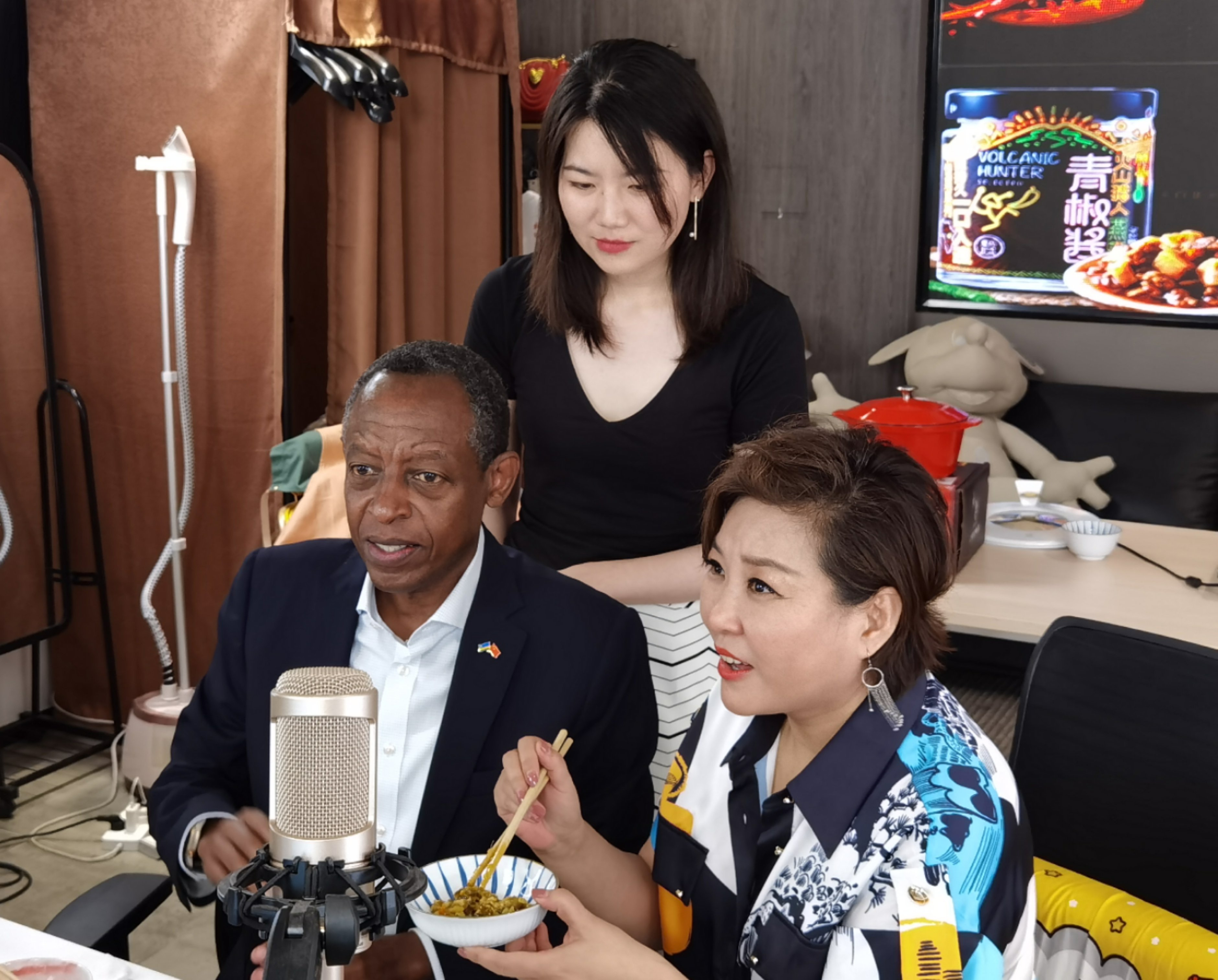 Rwanda's ambassador optimistic about e-commerce cooperation with China