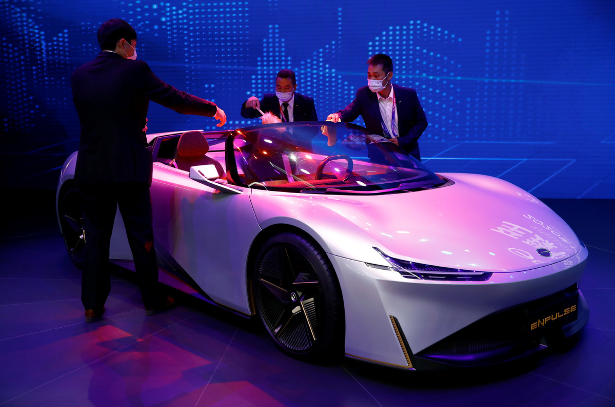Auto China staging ground for industry rebound, report says