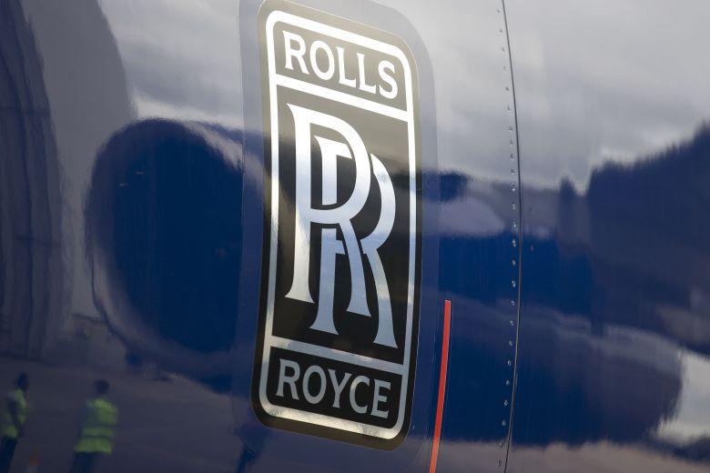 Virus-hit Rolls-Royce boosts finances with £5 bn plan