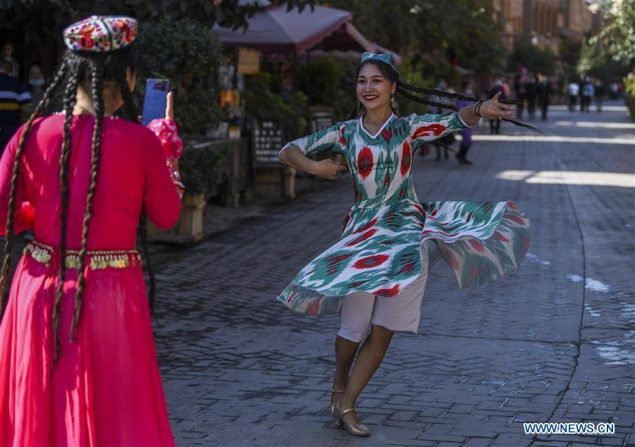Tourism boosted in Xinjiang as epidemic prevention becomes new normal