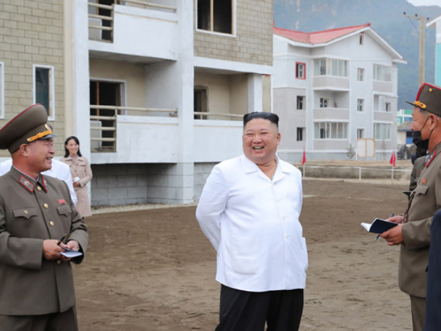 DPRK leader inspects sites of reconstruction in flood-hit area in Kangwon Province