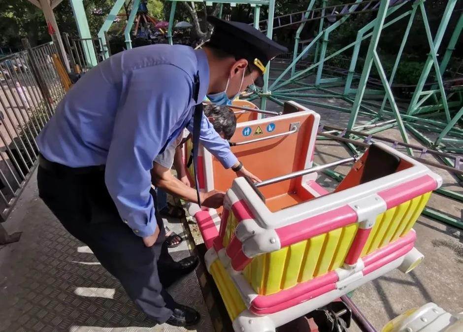 Officials act quickly to check safety of amusement facilities