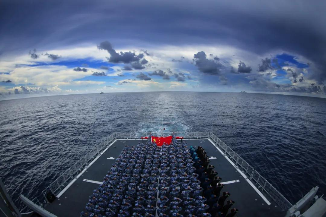 China's naval escort task force sends National Day wishes