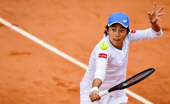 China's Zhang reaches career best at Roland Garros, Djokovic cruised into last 16