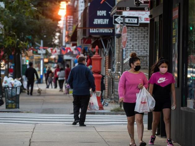 New York state, city gov'ts raise alarm over uptick in COVID-19 cases, hotspots