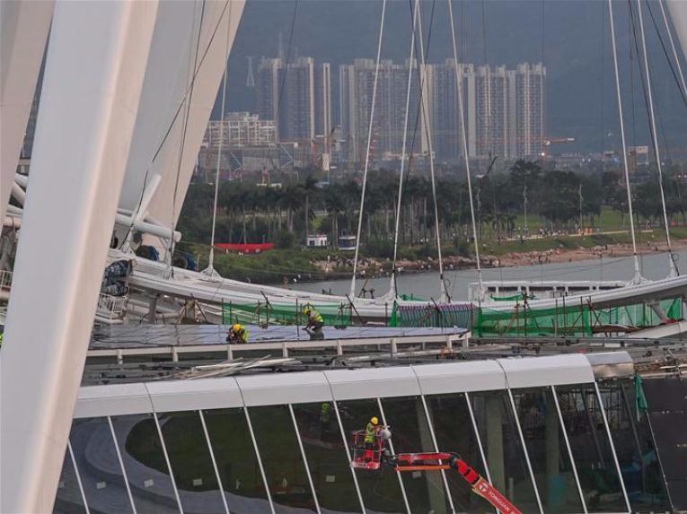 128-meter-high ferris wheel in Shenzhen under construction