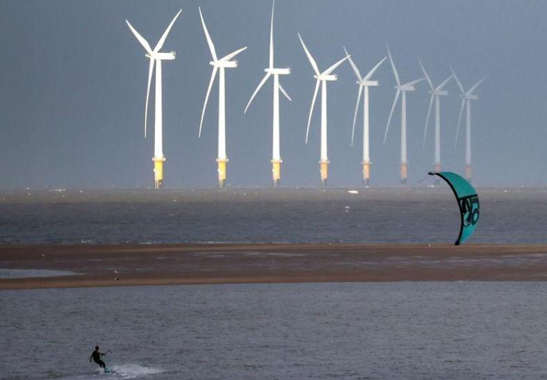 British PM promises green energy revolution in UK
