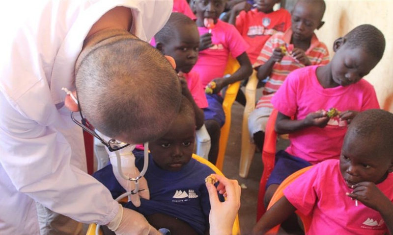 Chinese medics in South Sudan visit children's home