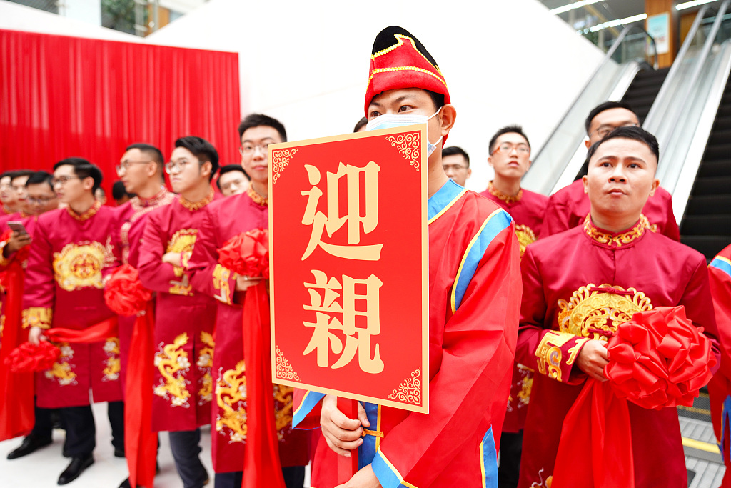 China's National Day holiday sees wedding boom