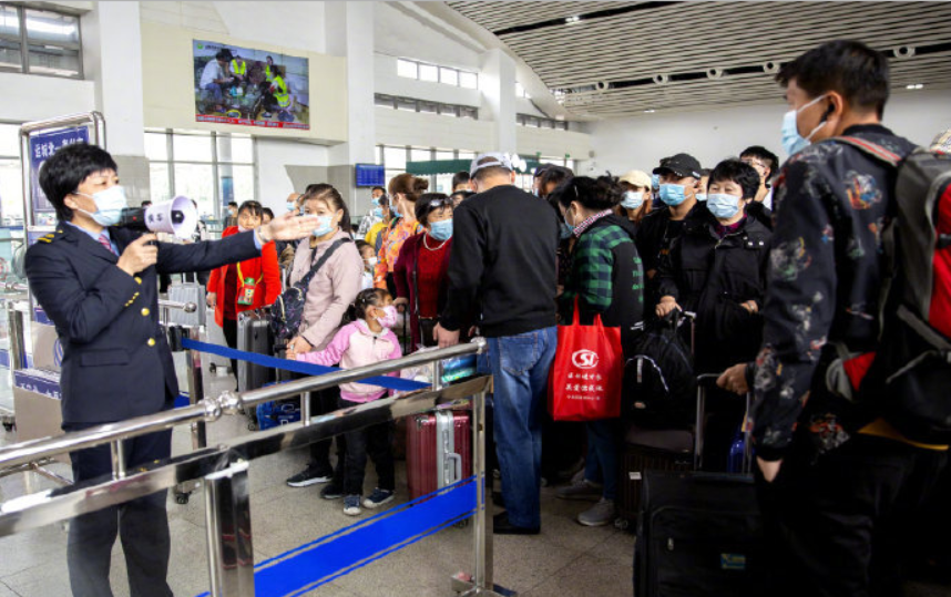 China to see surge in return trips as holiday draws to close
