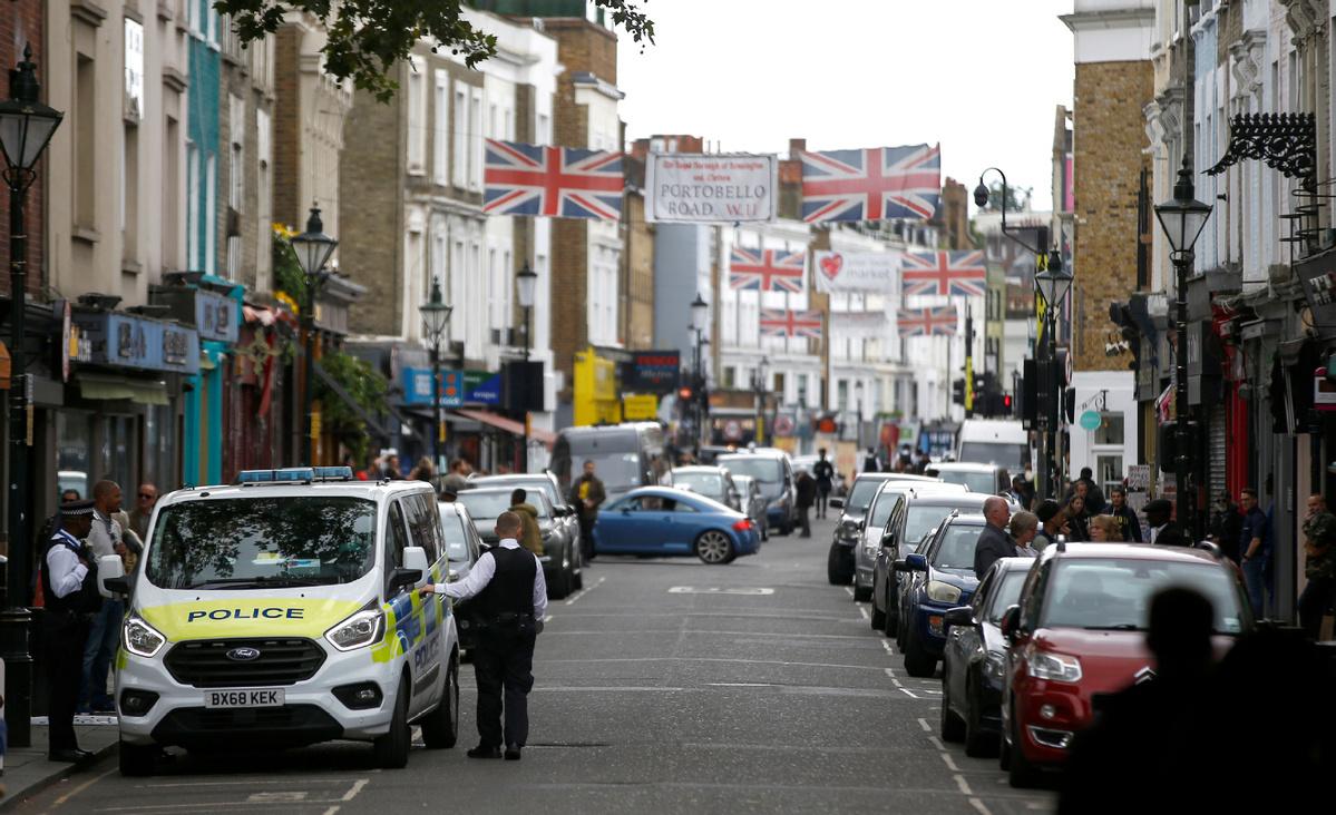 UK extends jobs support for virus-shuttered firms
